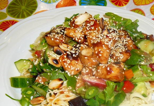 Sweet and crispy chicken salad