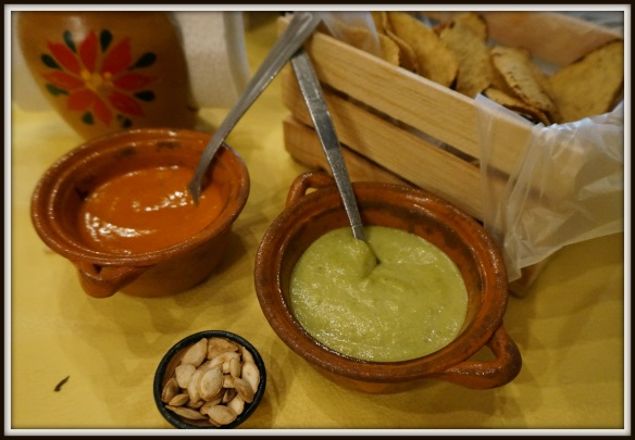 Con Sabor y Tixtla - just another fabulous restaurant that presents their salsas and grilled tortilla chips to start your meal.