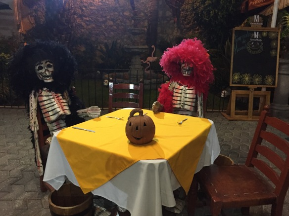 day-of-the-dead-diners