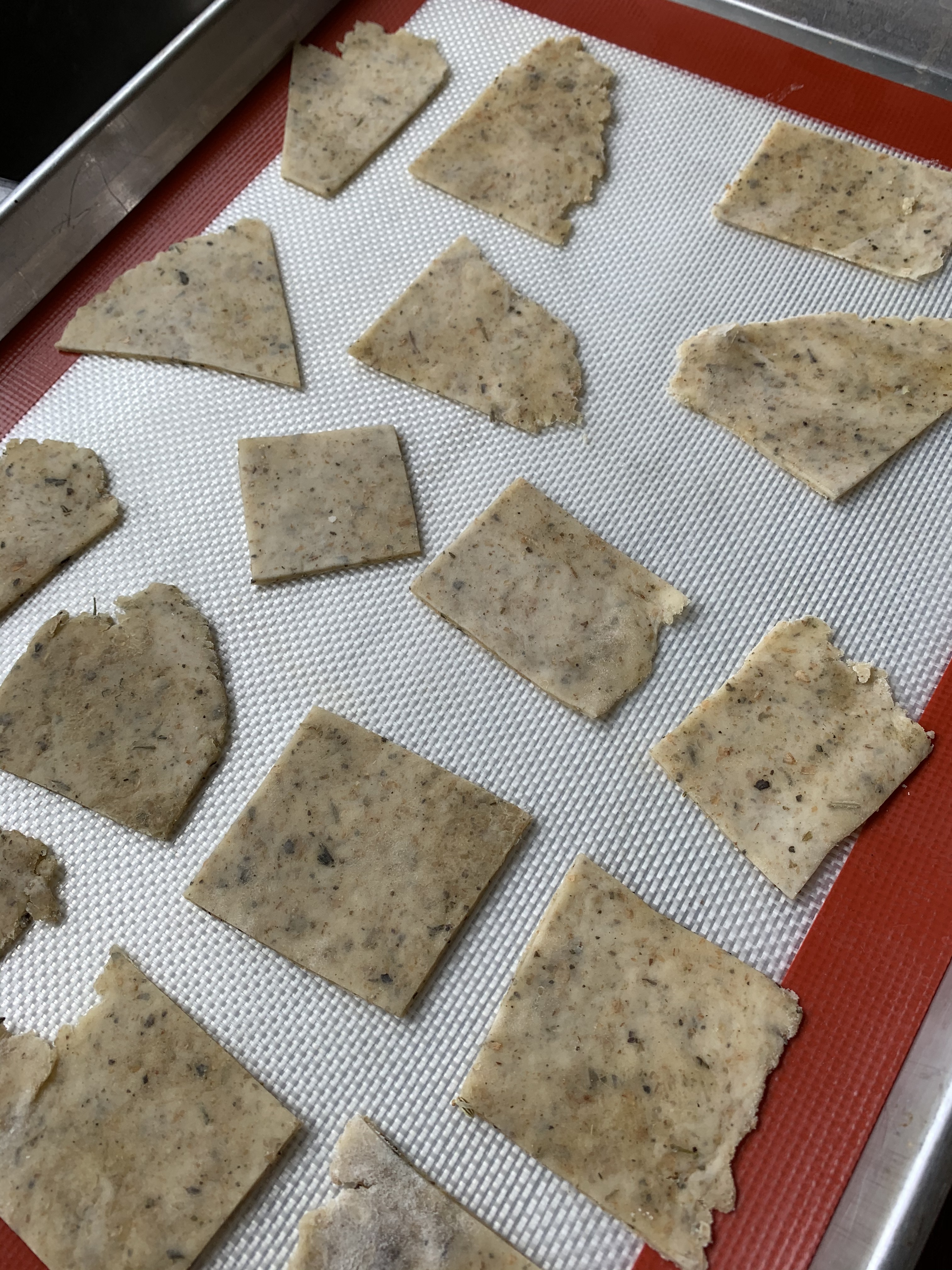 Sourdough crackers 2